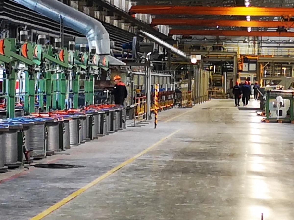 Абнинский ЭМЗ увеличивает мощности по изготовлению метизов и сортового проката